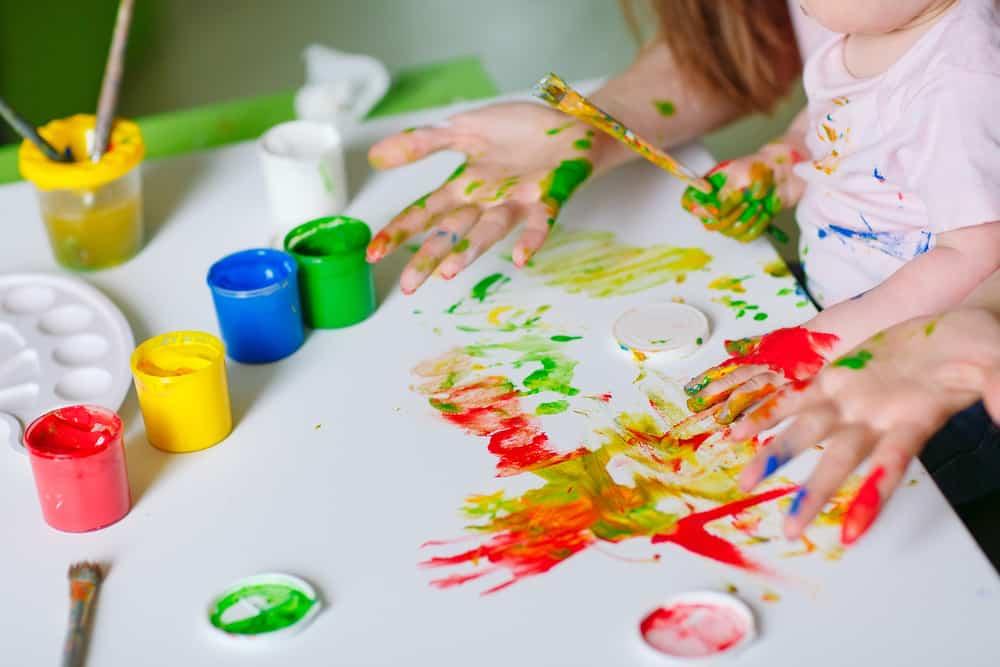 Magnifiek Zelf schilderij maken met tape op canvas met kinderen - Mamaliefde @CJ61