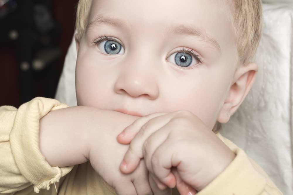 Wat als je baby / dreumes / peuter bijt? Waarom & hoe afleren? - mamaliefde.nl