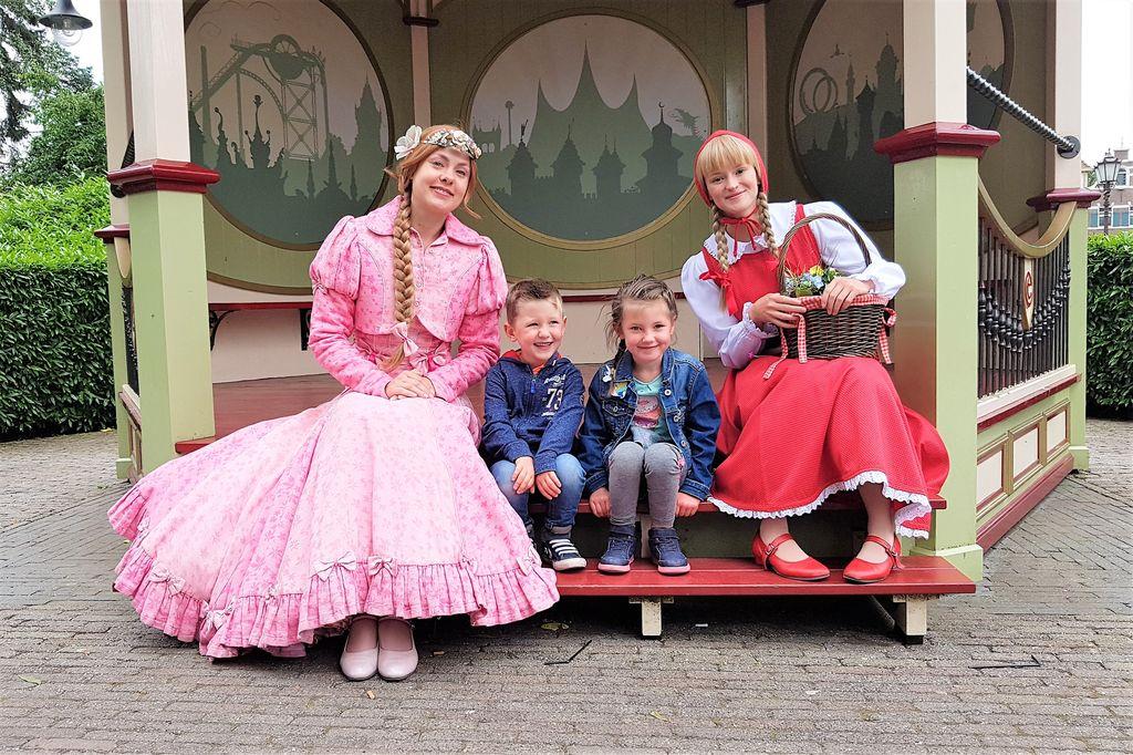 Efteling met kinderen; tips welke attracties, achtbanen en theater - Mamaliefde.nl