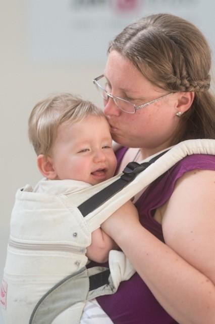 Babydans droomdans; met je baby in een draagzak - Mamaliefde