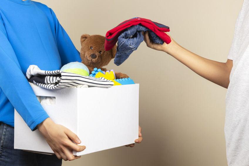 Kinderkleding recyclen; handige tips voor verkopen of weggeven - mamaliefde.nl