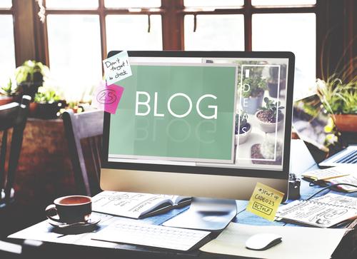 Blog samenwerkingen; hoe kom je op de pr-lijst of kom je in aanmerking om perspakketten te ontvangen - mamaleifde.nl