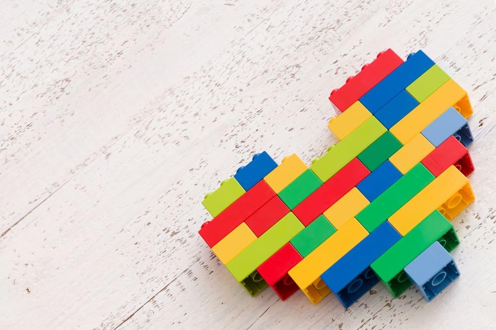 Lego sets voor jongens en meisjes; leukste pakketten van duplo tot Friends, City en Ninjago - Mamaliefde.nl