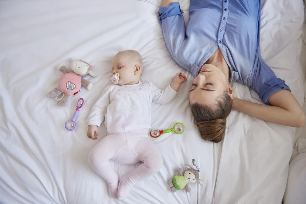Samen slapen; wat is het verschil tussen Co-Sleeping en Rooming-In?- Mamaliefde.nl