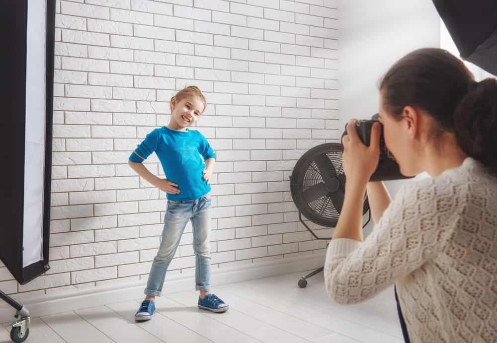 Schoolfoto tips; van kleding outfit tot kapsel en achtergrond - Mamaliefde.nl