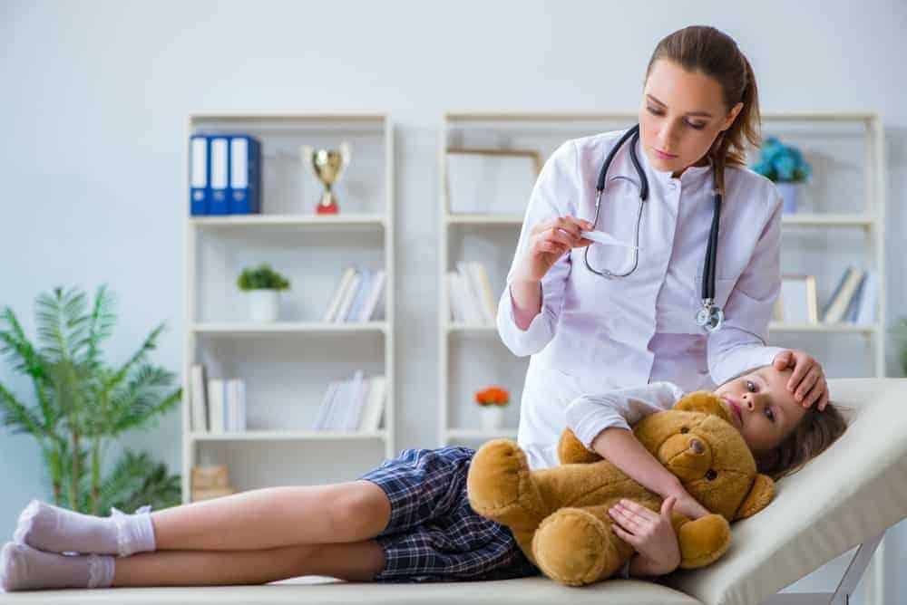 Kind ziek; wanneer heeft je kind verhoging of koorts? - Mamaliefde.nl