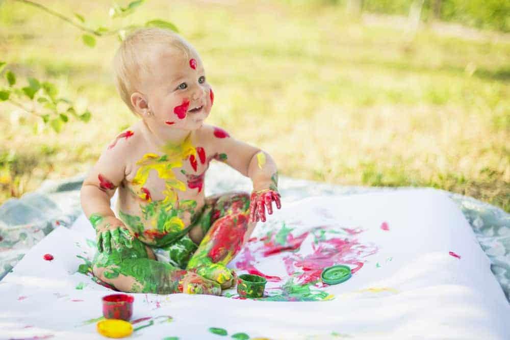 Knutselen met peuters, kleuters en baby's; ideeën en voorbeelden knutselwerkjes en creatieve activiteiten - Mamaliefde.nl
