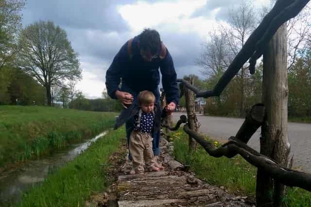 Blote voetenpad Drents Friese Wold Appelscha Staatsbosbeheer - Mamaliefde