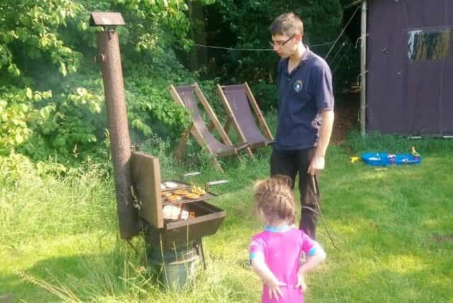 Kamperen bij de boer; het betere boerenbed - Mamaliefde