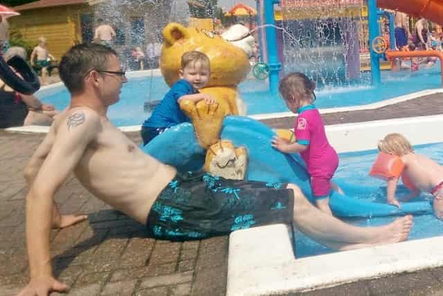 Dagje uit; Zwembad & Spraypark Sprookjescamping De Vechtstreek - Mamaliefde.nl