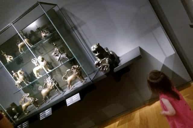 Met je dreumes en peuter naar het Rijksmuseum - Mamaliefde