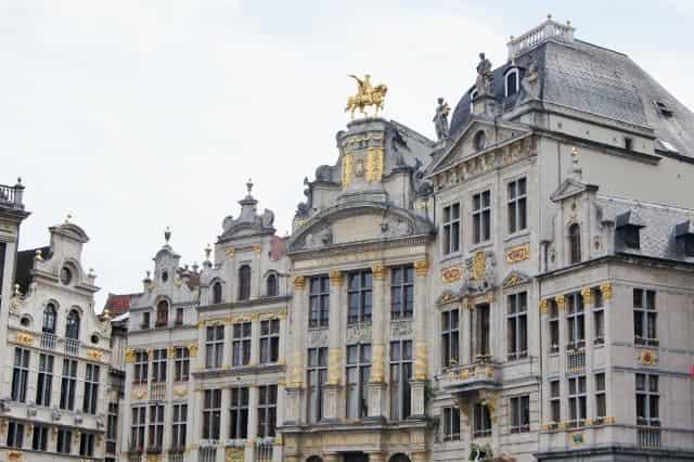 Stedentrip Brussel - Grote Markt- Mamaliefde