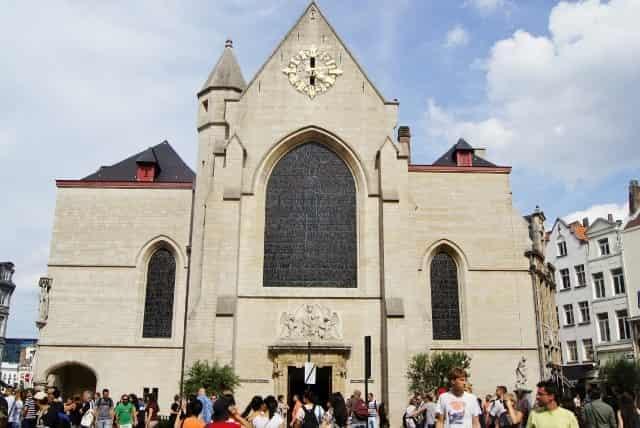 Stedentrip Brussel -Niklaaskerk - Mamaliefde
