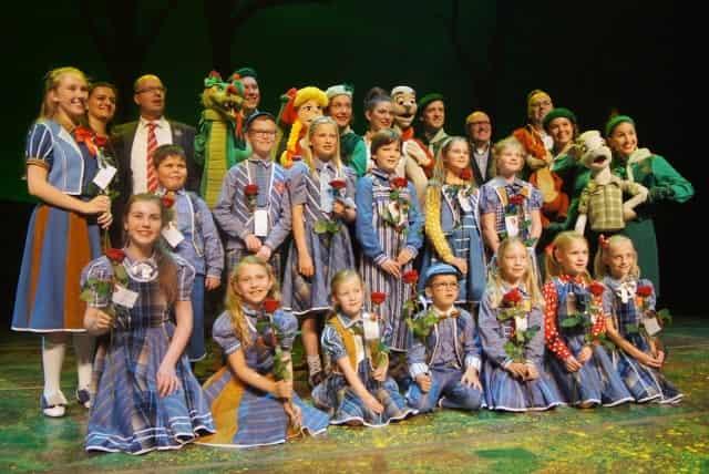 Recensie Sprookjesboom de musical het muziekfeest Efteling theater - Mamaliefde