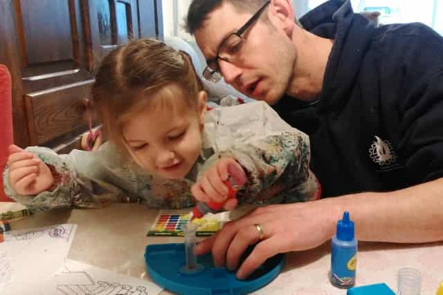 Crayola Magic Marker Maker - Mamaliefde