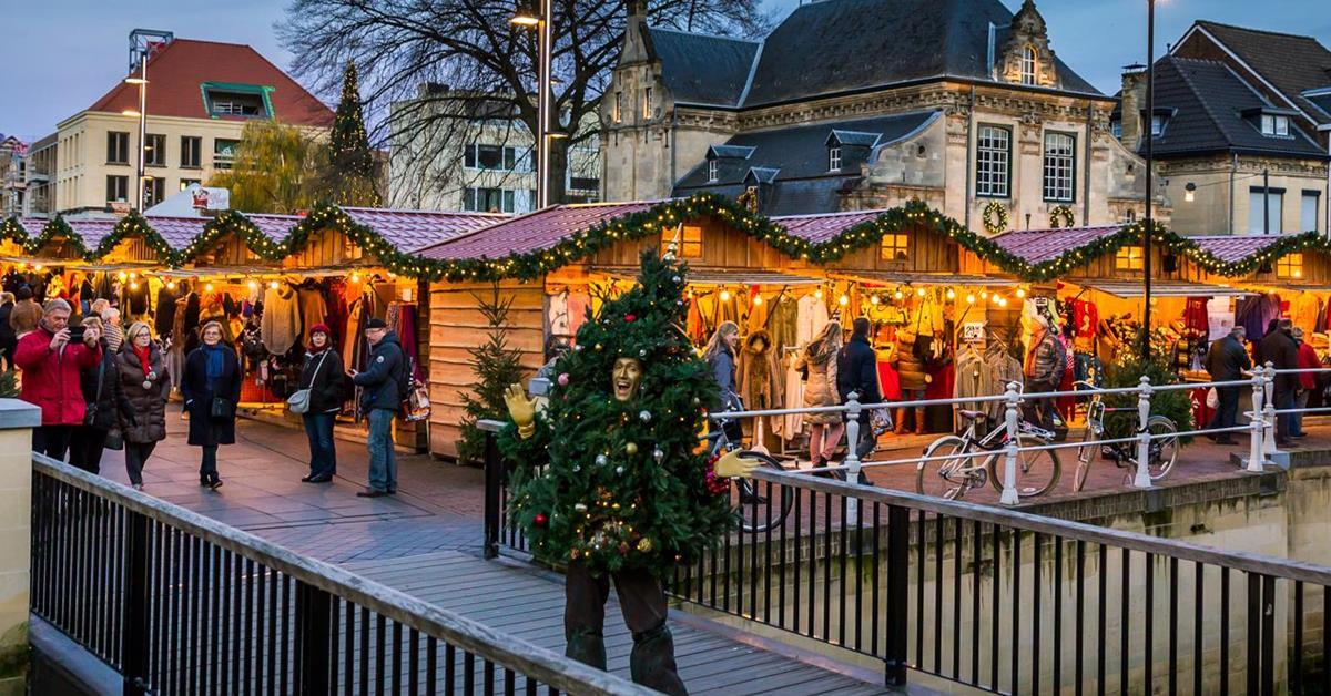 Kerststad Valkenburg met kerstmarkt - Mamaliefde.nl