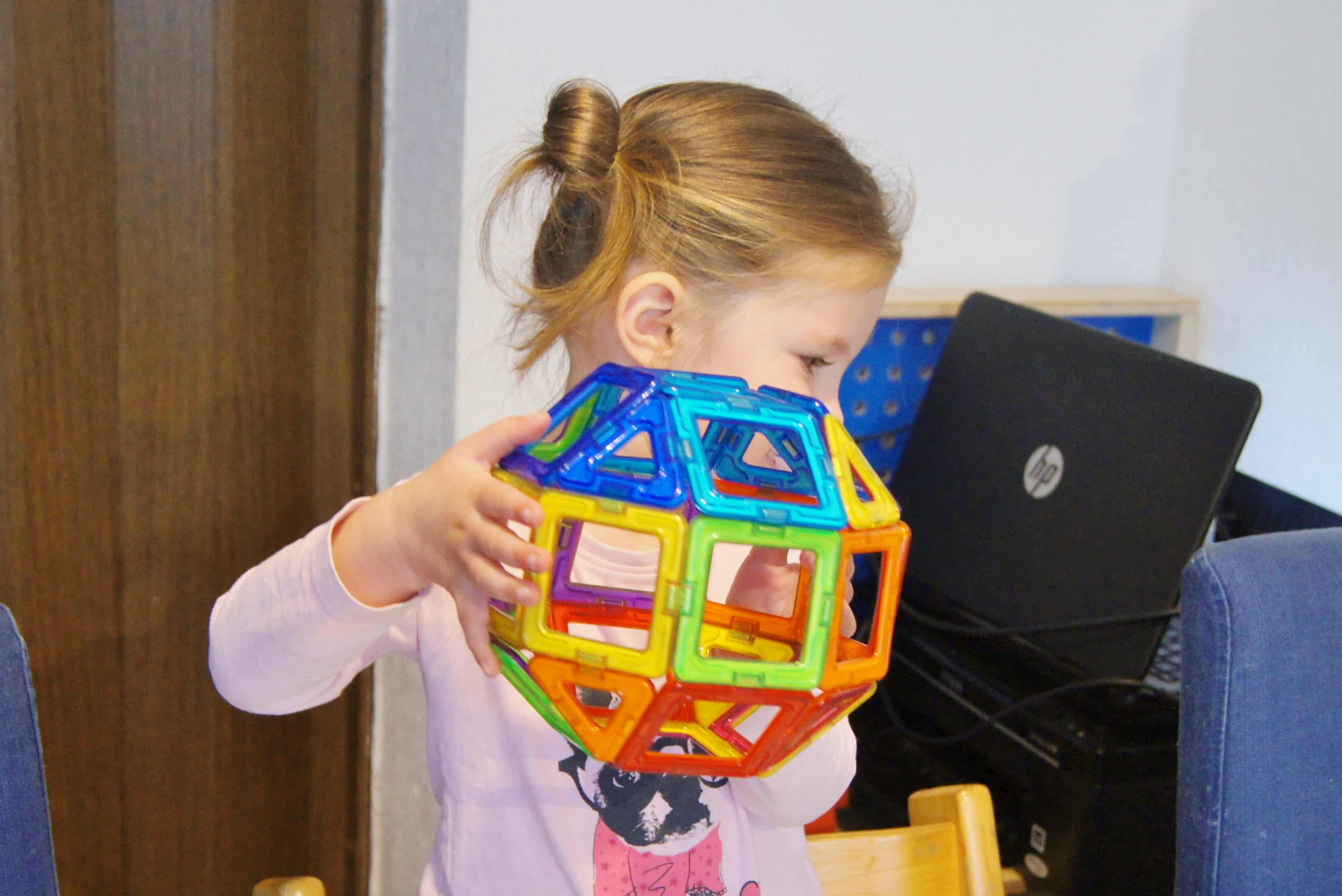 Review: Magformers voorbeelden van spelen ook voor baby's en peuters - Mamaliefde.nl