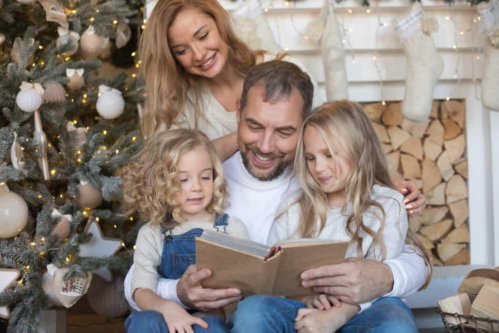 Kerstboeken; de leukste thema prentenboeken voor peuters, kleuters met verhaal om voor te lezen of zelf te lezen - Mamaliefde.nl