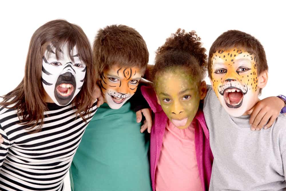 Schmink voorbeelden; makkelijke en eenvoudige ideeën voor kinderen zoals prinses, vlinder, tijger of eenhoorn. Inclusief youtube filmpjes en tips waar schmink kopen. - Mamaliefde.nl