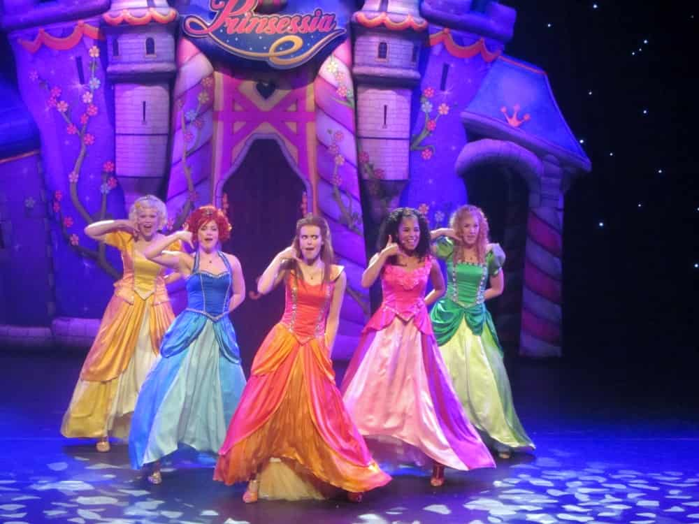 Prinsessia Theatershow Droomtroon - Mamaliefde.nl