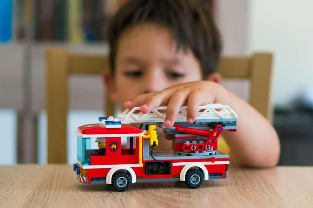 Leeftijdsaanduiding veilig speelgoed;vanaf welke leeftijd geschikt? - Mamaliefde.nl