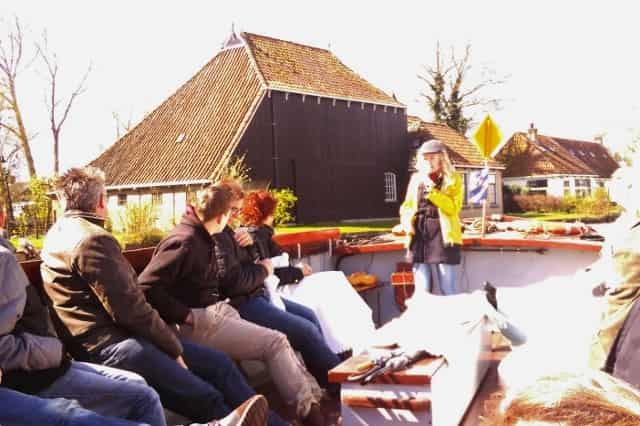 Dagje uit: Kameleondorp, rondvaart en kameleoneiland Terherne Friesland - mamaliefde.nl