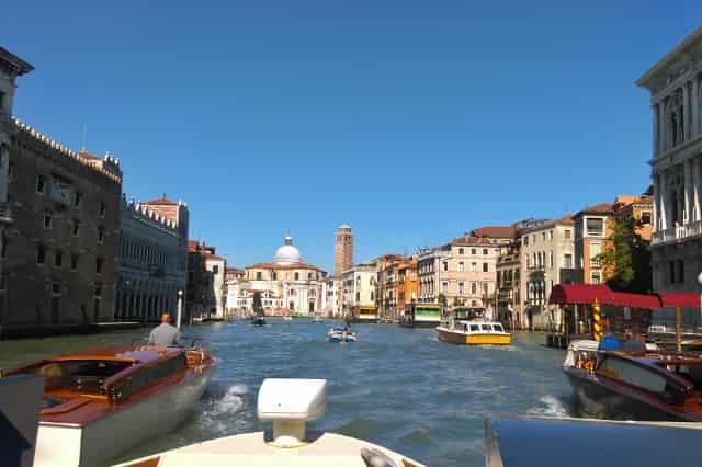De 12 leukste bezienswaardigheden / activiteiten / uitstapjes in Venetië: Canal Grande - Mamaliefde.nl