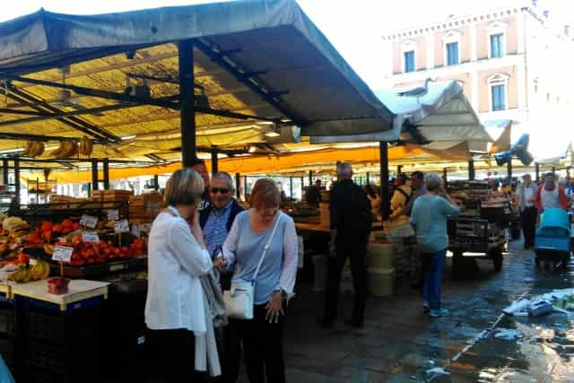 De 12 leukste bezienswaardigheden / activiteiten / uitstapjes in Venetië met kinderen: 'Ca Pesaro / Kunst museum / oosters museum Mamaliefde.nl