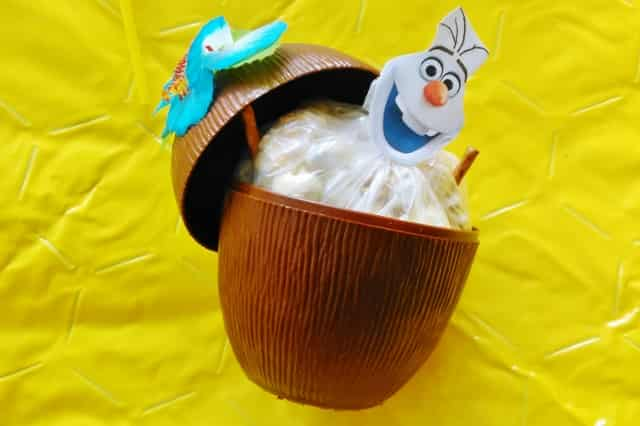 Frozen Olaf popcorn traktatie - Mamaliefde.nl
