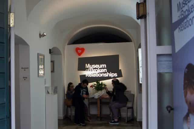 Musea In het centrum van musea zijn er heel veel musea te vinden. Het bekendste is het 'Museum of broken relationships' misschien niet zozeer geschikt met kinderen, diverse kunstmusea, museum of illussions, archeologisch museum, techniek museum en Kroatisch school museum.