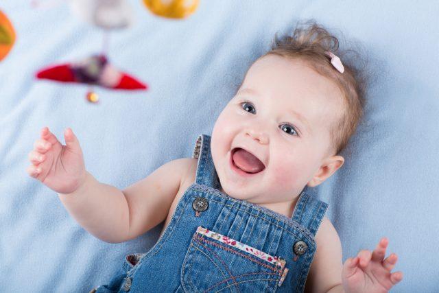 Geschikt speelgoed voor pasgeboren baby's van 0 tot 6 maanden - Mamaliefde.nl