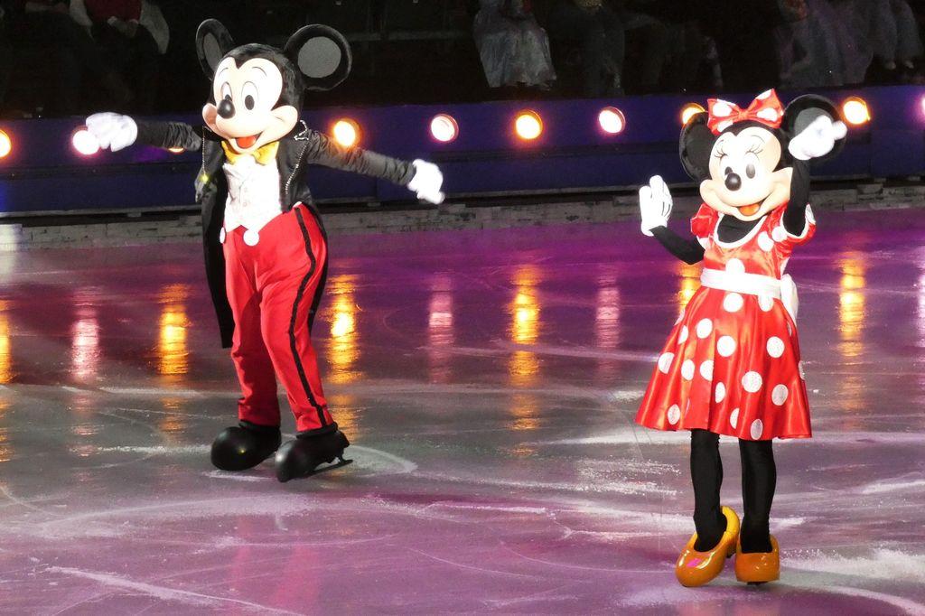 Disney on Ice viert 100 Years of Magic - Mamaliefde.nl
