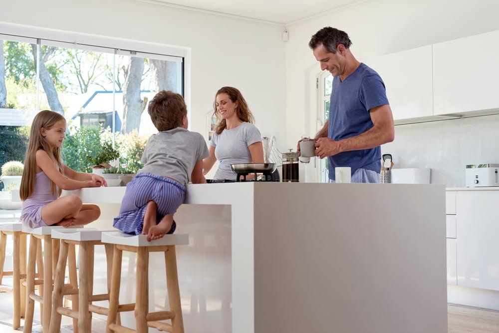 Tips & hacks voor een kindvriendelijke keuken - Mamaliefde.nl