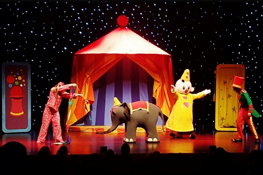 Recensie: Bumba in dromenland in het theater - Mamaliefde.nl