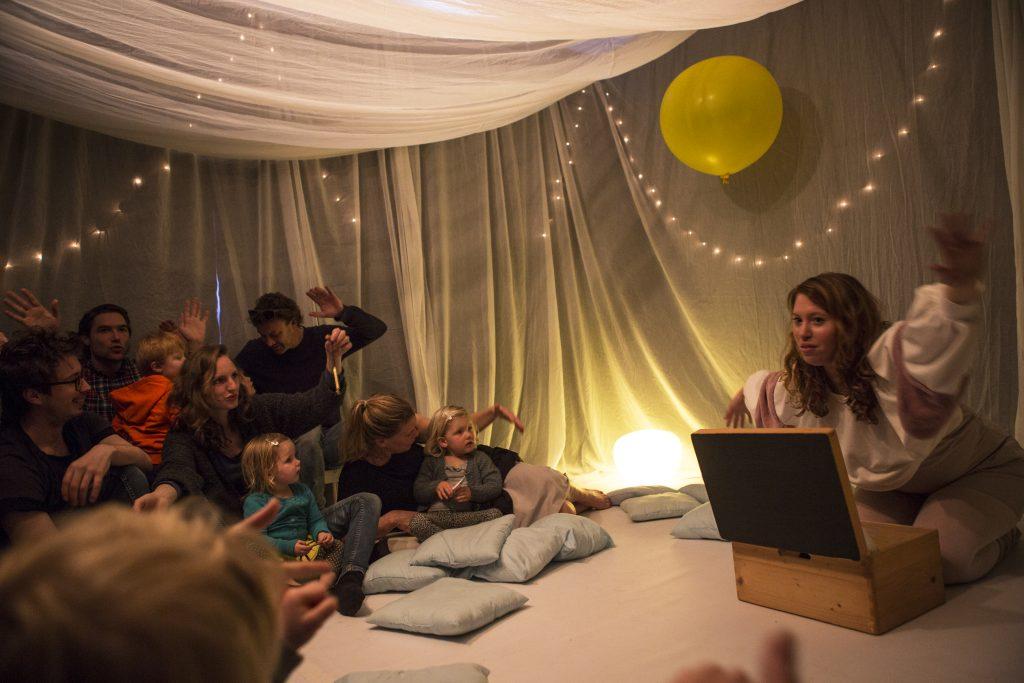 Duimelot interactief theater dat de zintuigen prikkelt -Mamaliefde.nl