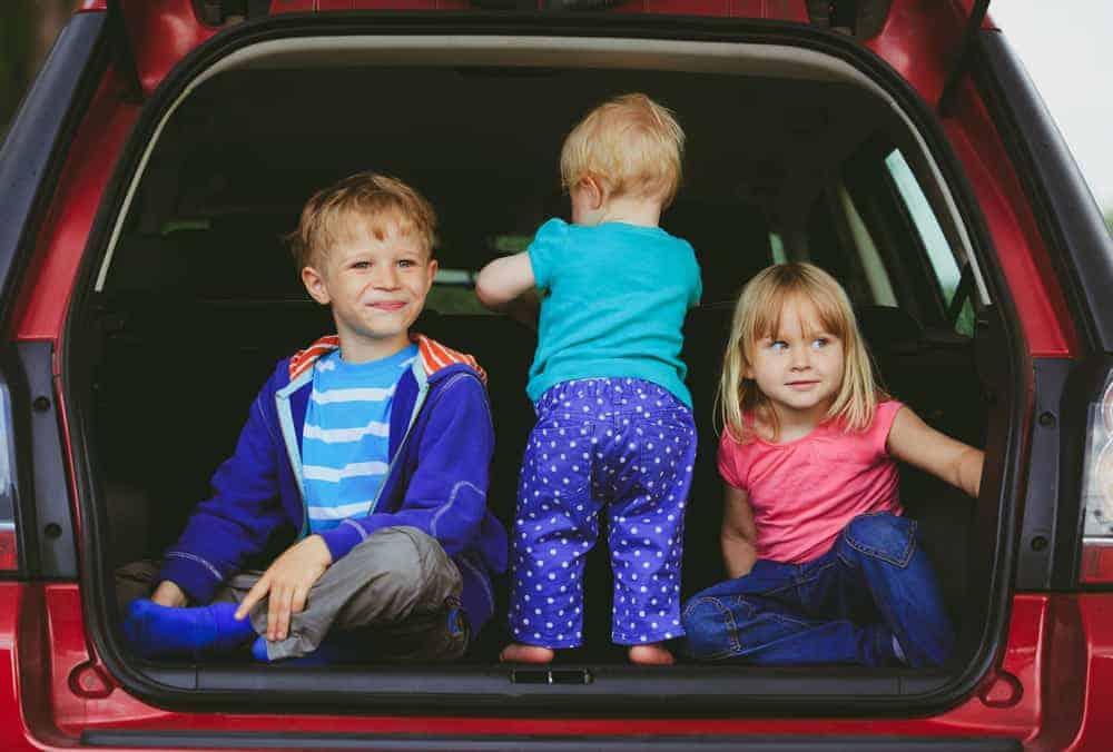 Autovakantie; tips voor een lange autorit met baby, peuters en kinderen zoals slapen tijdens de reis - Mamaliefde.nl