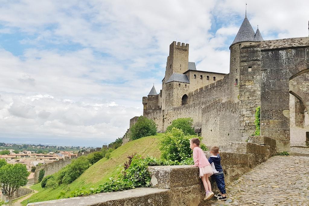 Carcassonne; kasteel bezoeken & tips bezienswaardigheden historische vestingstad. - Mamaliefde.nl