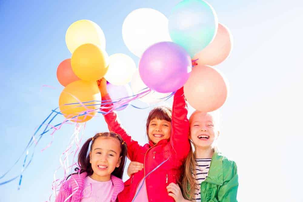 Wie nodig je uit voor het kinderfeestje van je kind? en vanaf welke leeftijd? - mamaliefde.nl
