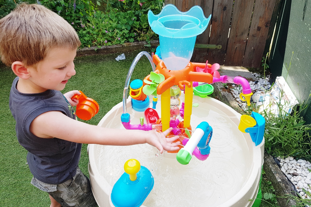 Review: Little Tikes Fountain Factory - Mamaliefde.nl