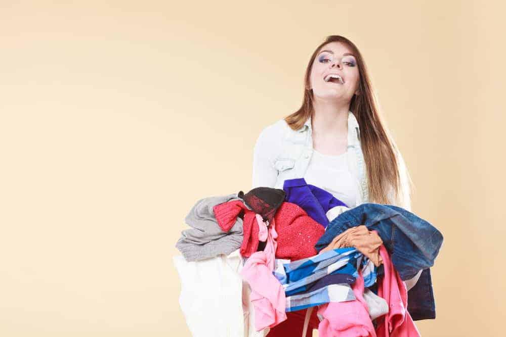 Snelle opruim & schoonmaak tips voor als er visite komt - Mamaliefde.nl