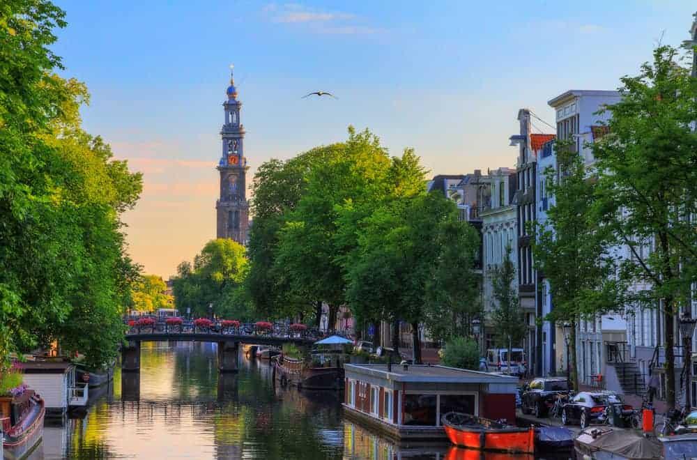 Toerist in eigen land; wat te doen? Originele uitjes en bezienswaardigheden per provincie in Nederland - Mamaliefde.nl