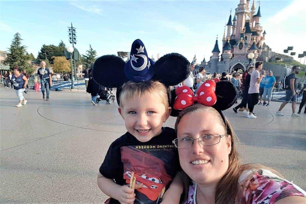 Moeder-zoon weekendje weg Villages Nature Paris & Disneyland - Mamaliefde.nl