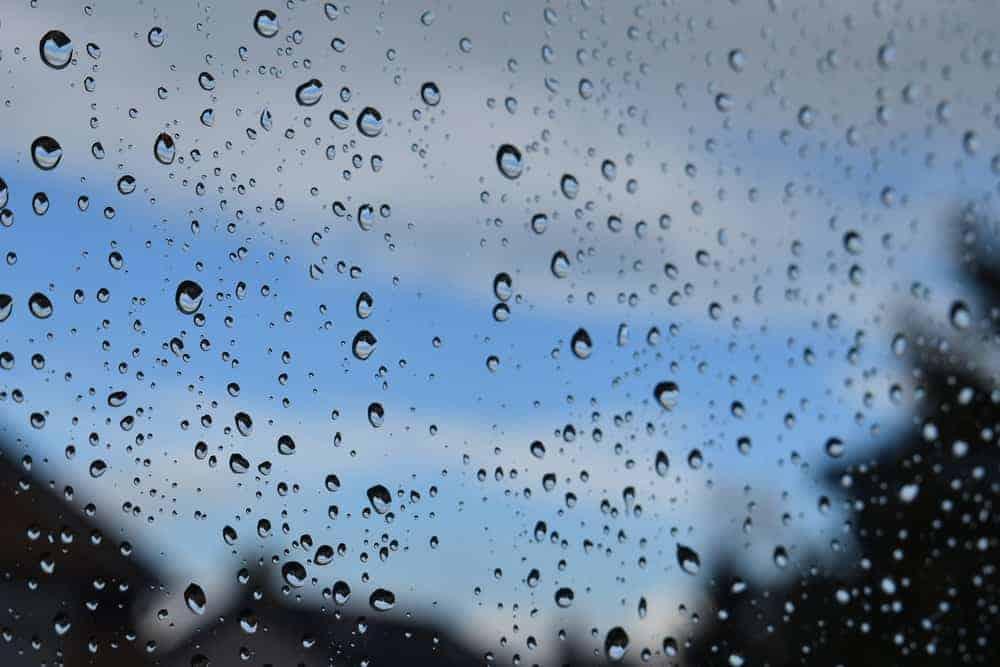 Speelgoed tips voor als het buiten regent en je de hele regenachtige dag (of week) moet doorkomen. - Mamaliefde.nl