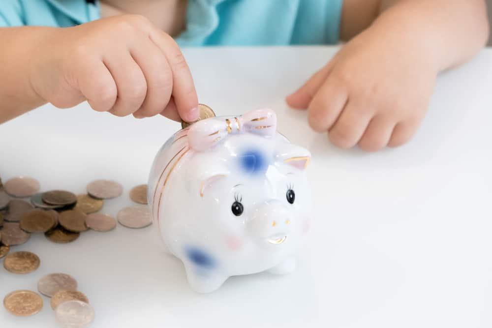 Beleggen of sparen voor de toekomst van je kind? - Mamaliefde.nl