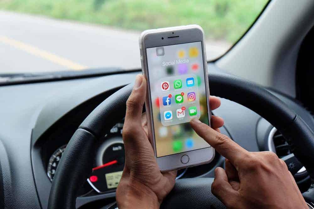 Ik rijd mobielvrij, of ik rijd niet; 5 apps voor mobielvrij rijden - Mamaliefde.nl