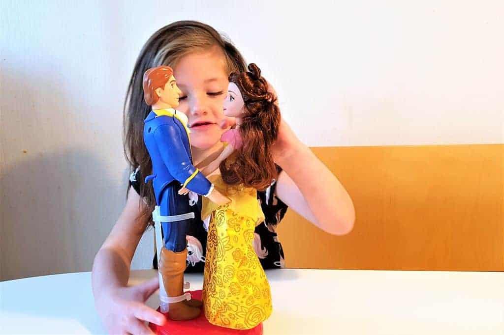 Review; Disney Princesspoppen; Belle & het Beest en de Betoverende danszaal - Mamaliefde.nl