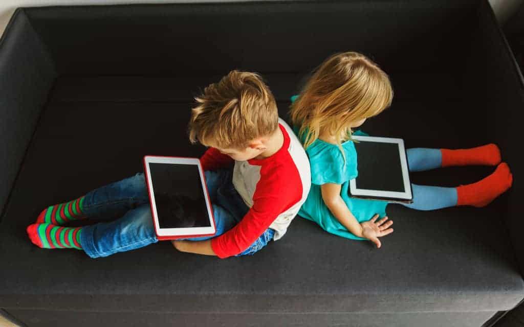 Interactieve TV; overbodig of super handig? Ervaringen met online.nl app, tv en internet.- Mamaliefde.nl