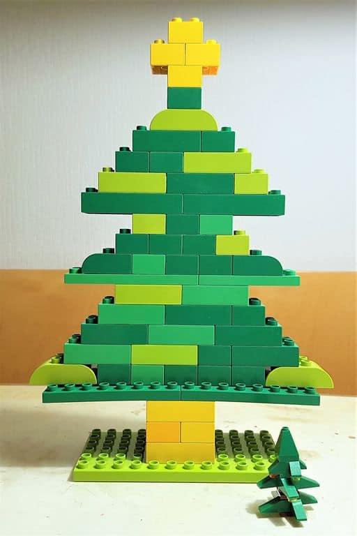 Lego Duplo kerstboom bouwen en voorbeelden - Mamaliefde.nl