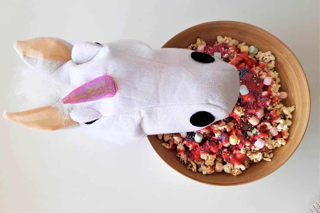 Recept: Unicorn popcorn maken - Mamaliefde.nl