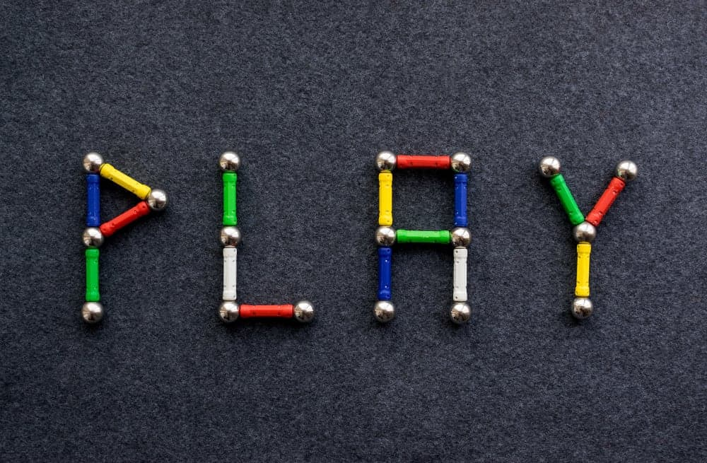 Spelen / experimenteren met magneten, waaronder magnetisch slijm maken - Mamaliefde.nl
